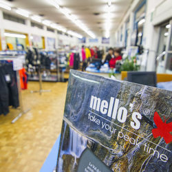 Mello's Factory Outlet Chiuro